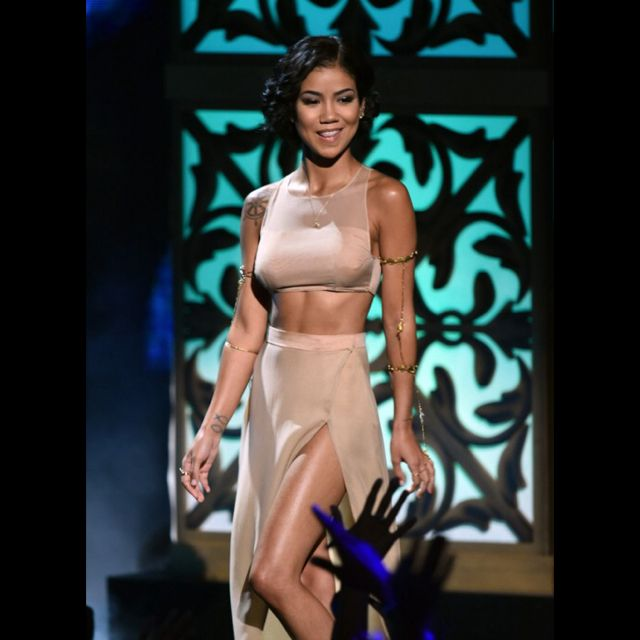 jhene aiko soulfest souled out melbourne 2015 fashion style two piece sidney myer music bowl