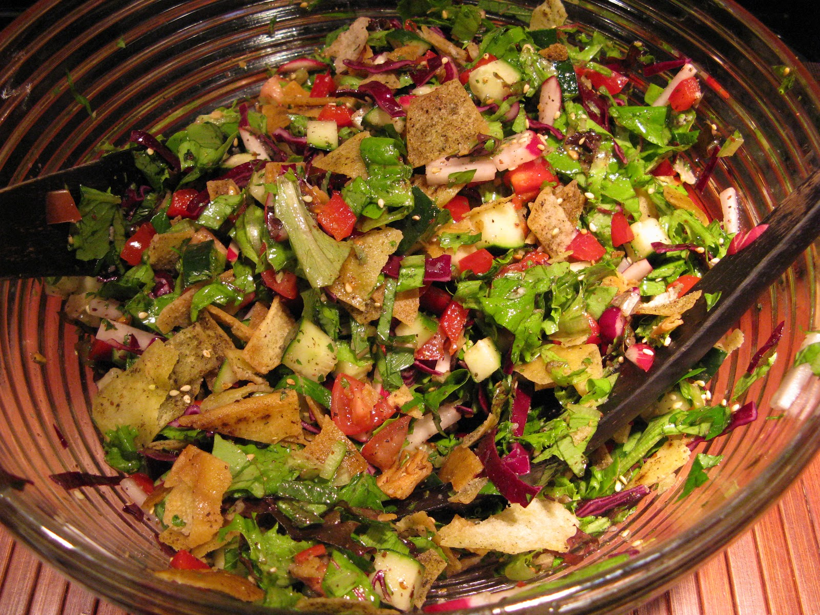 dorian allyn in the kitchen: Fattoush Salad