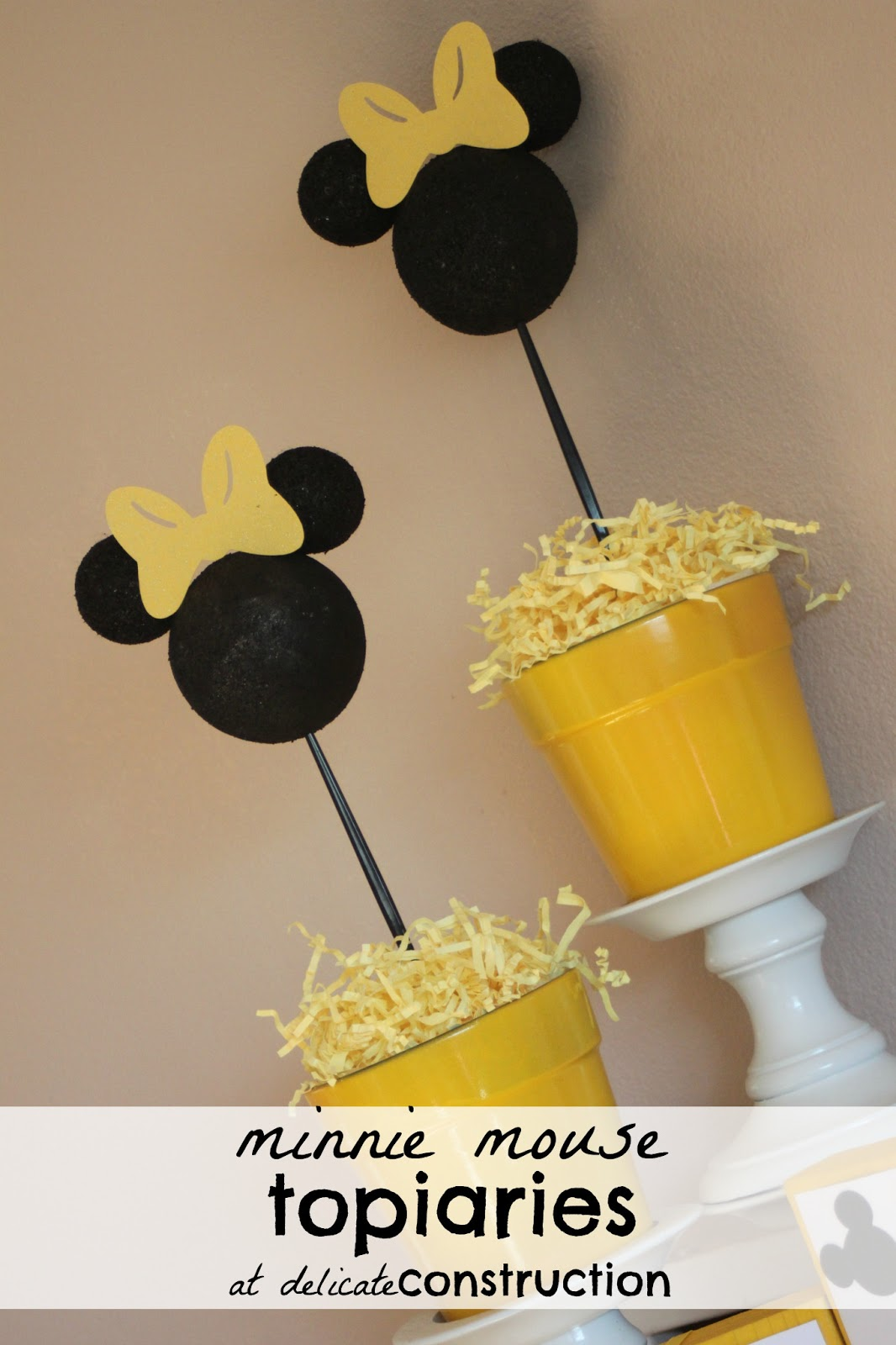 Minnie Mouse Topiaries {Minnie Birthday Party} - Delicate Construction