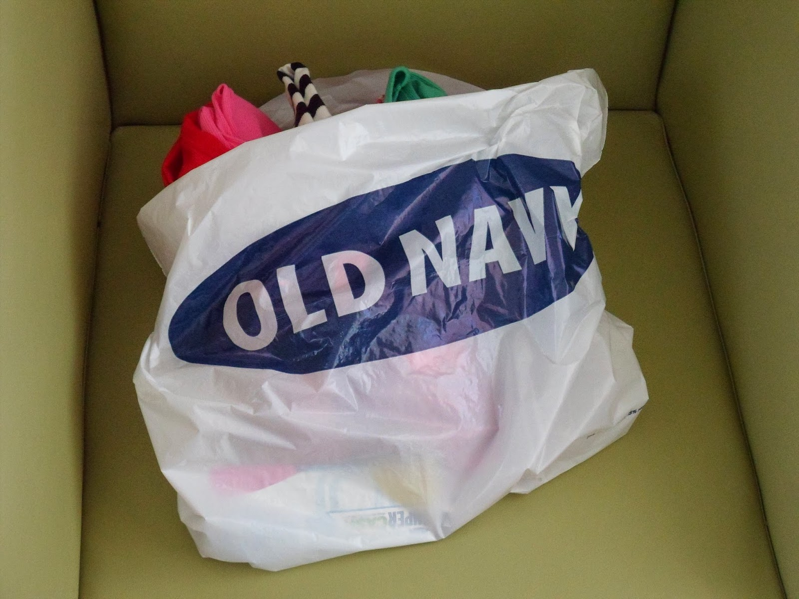 shopping, Puerto Rico, outlet malls, tank tops, Old Navy