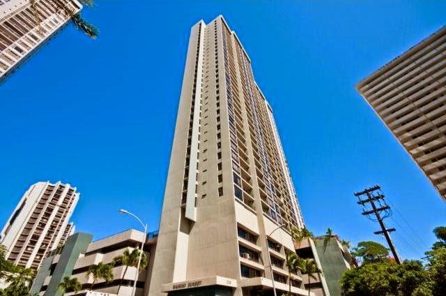 Waikiki condo, Diamond Head views