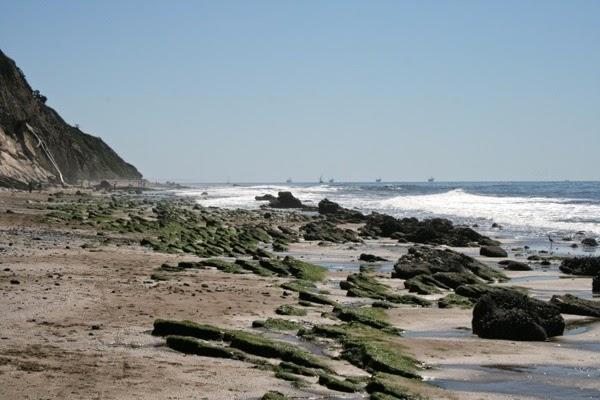 Hendry's Beach rocky shoreline