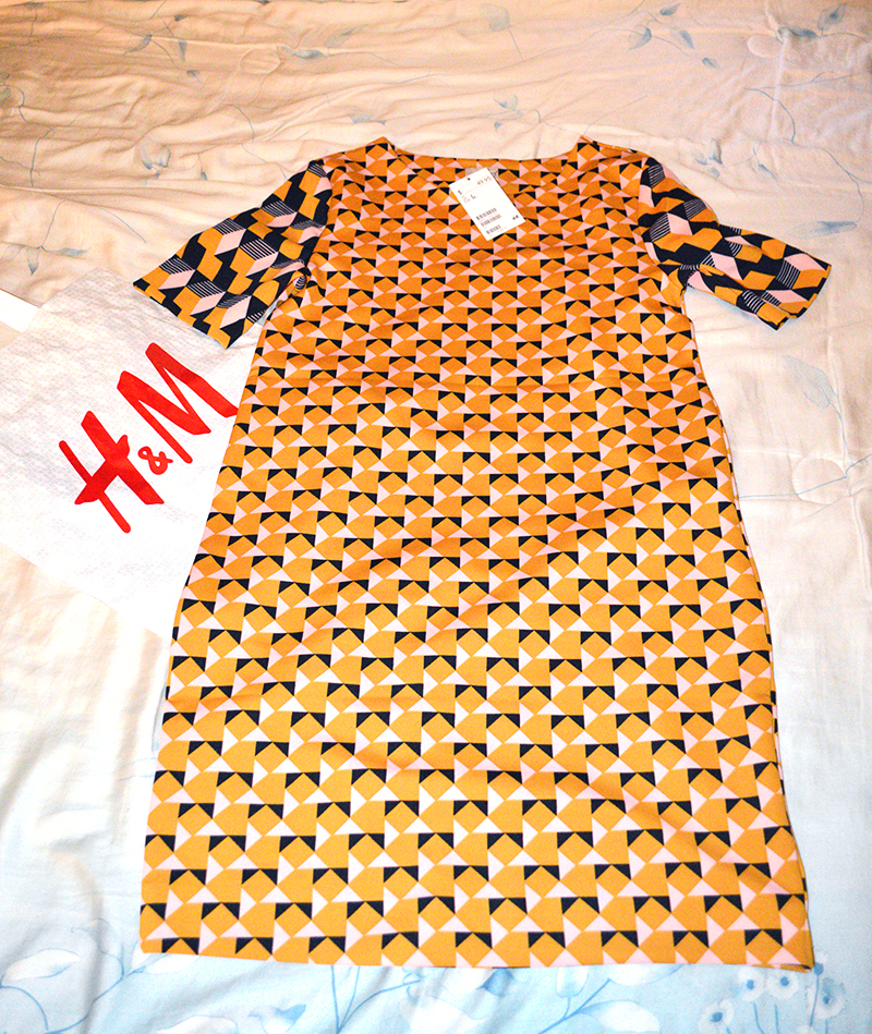 Dress from H&M South Beach Miami Florida bought by Fashion Blogger Anais Alexandre