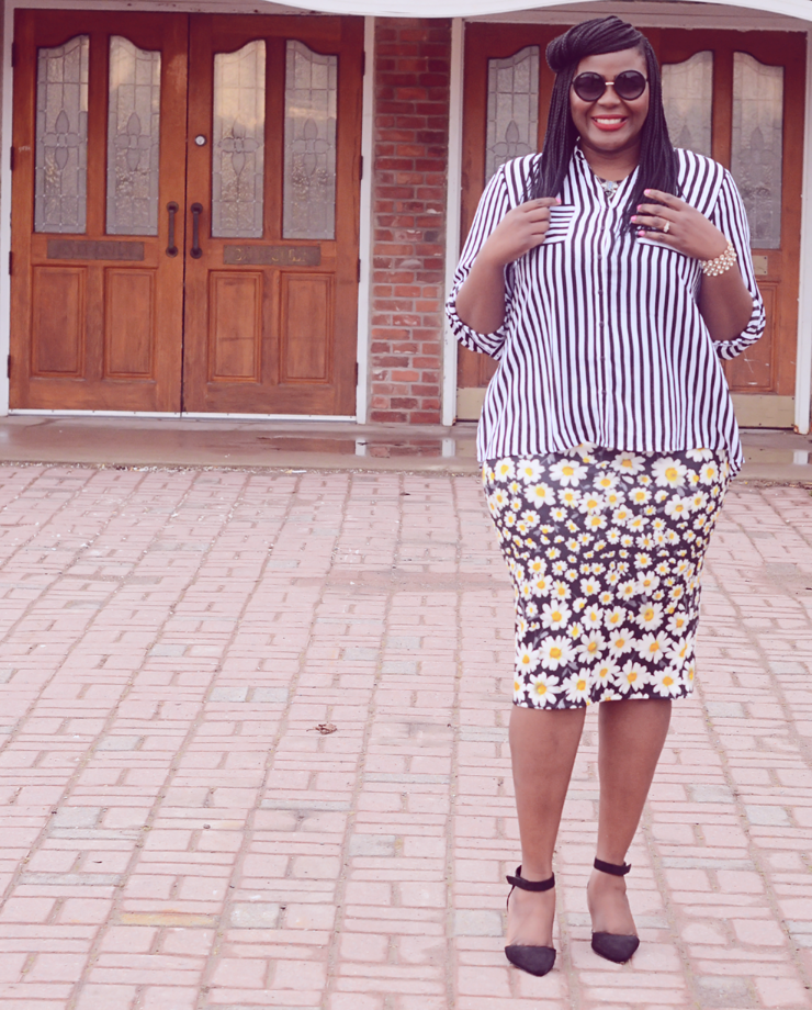 Trendy plus size fashion for women: Stripes and Floral !!