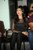 Shruti Haasan at Yevadu App Launch event-thumbnail-15