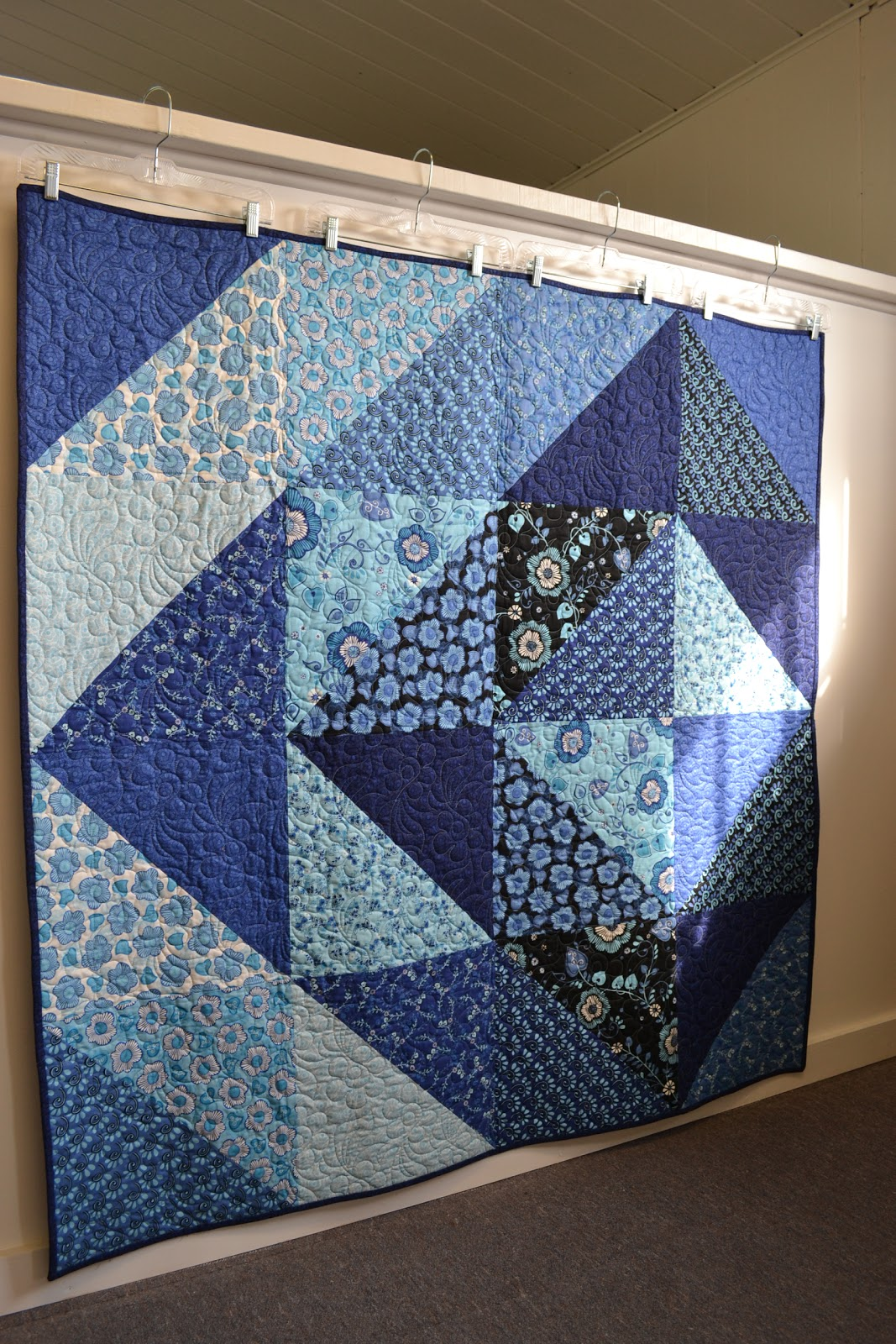 longmont spring by in although retreat hours fabrics octobernovember is to i october sandra colorado with modern a this make at cover quilt made clemons quick it vibe quilts blossom mccalls mccall the few s