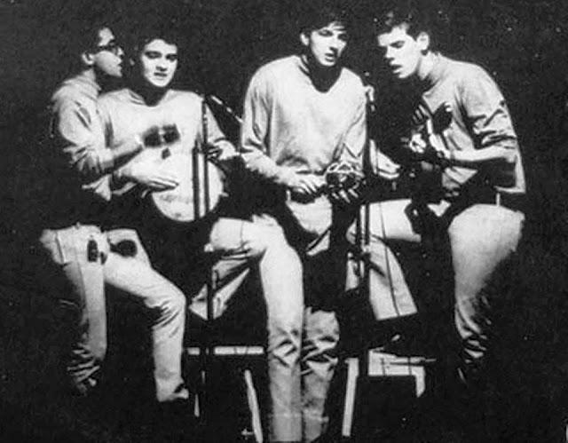 Momento Quatro - Momento4uatro (1968)