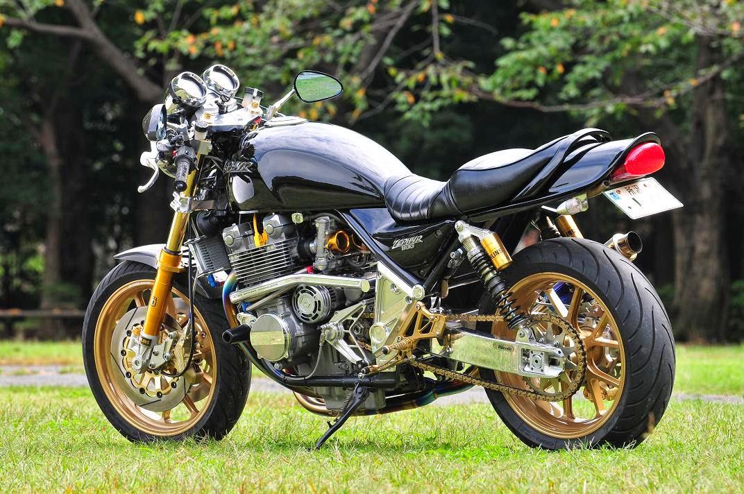 Kawasaki Zephyr 750 Cafe Racer