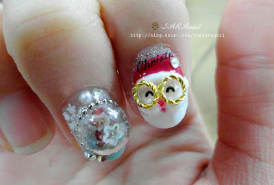 Dorm Style Nail and Santa Claus Nail Art
