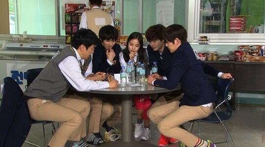 [Photos] Jonghyun dans l'émission Running Man RM04