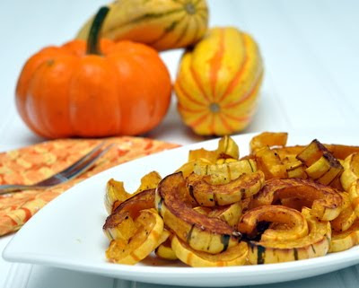 Roasted Delicata Squash, the easiest winter squash to cook, yes, you do eat the skins! #AVeggieVenture #WinterSquash #WW3 #WeightWatchers #LowCarb