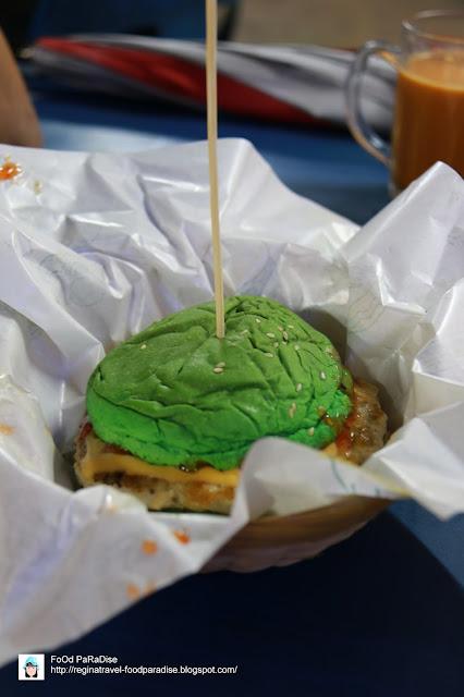 Coc Spoof Burger @ Jalan Lembah Permai, Tanjung Bungah, Penang.