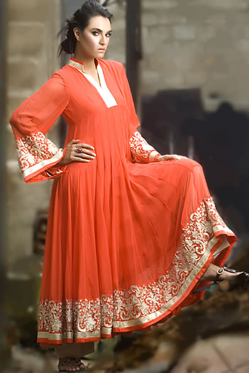 Wonderful You Can Pair This Kurti With Tapered Cigarette Pants Or Relaxed Palazzo PantsThis Will Also Be A Great Pick During Monsoon When The Rising Humidity Makes Clothing Feel Oppressive  Style Here Take