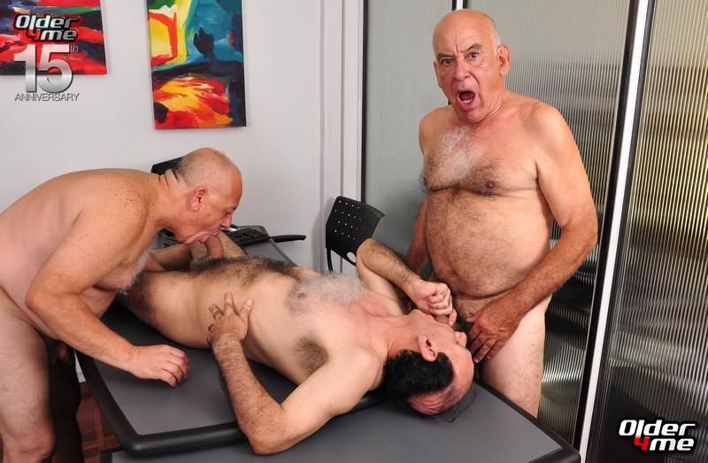 Порно фото геев пожилых