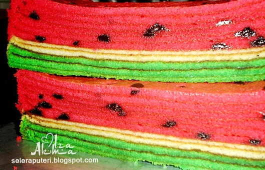 Kek Lapis Watermelon Cheese Singgahsana Kitchen