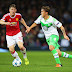 Wolfsburg pressiona, mas perde de virada do Manchester United