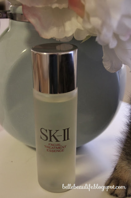 "(alt=""skii facial treatment essence"")"