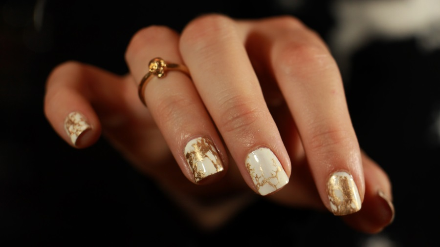 Marble Nails or Blanc