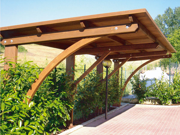 Casette legno gazebo e tettoie for Piani casa ranch con 3 box auto