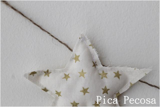 guirnalda-tela-estrellas-arboles-navidad-diy