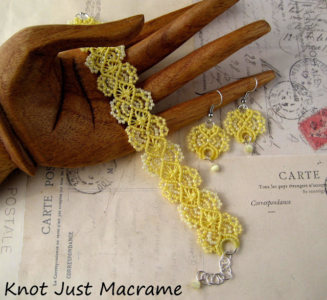 Beaded macrame bracelet and earrings in soft yellow