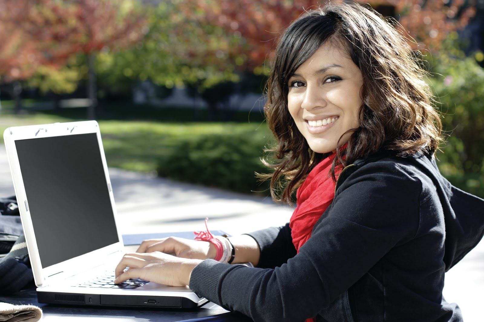 Doorstep loans are the types of loans that a borrower can avail right at his doorstep. These loans are delivered at the doorstep of the borrower.