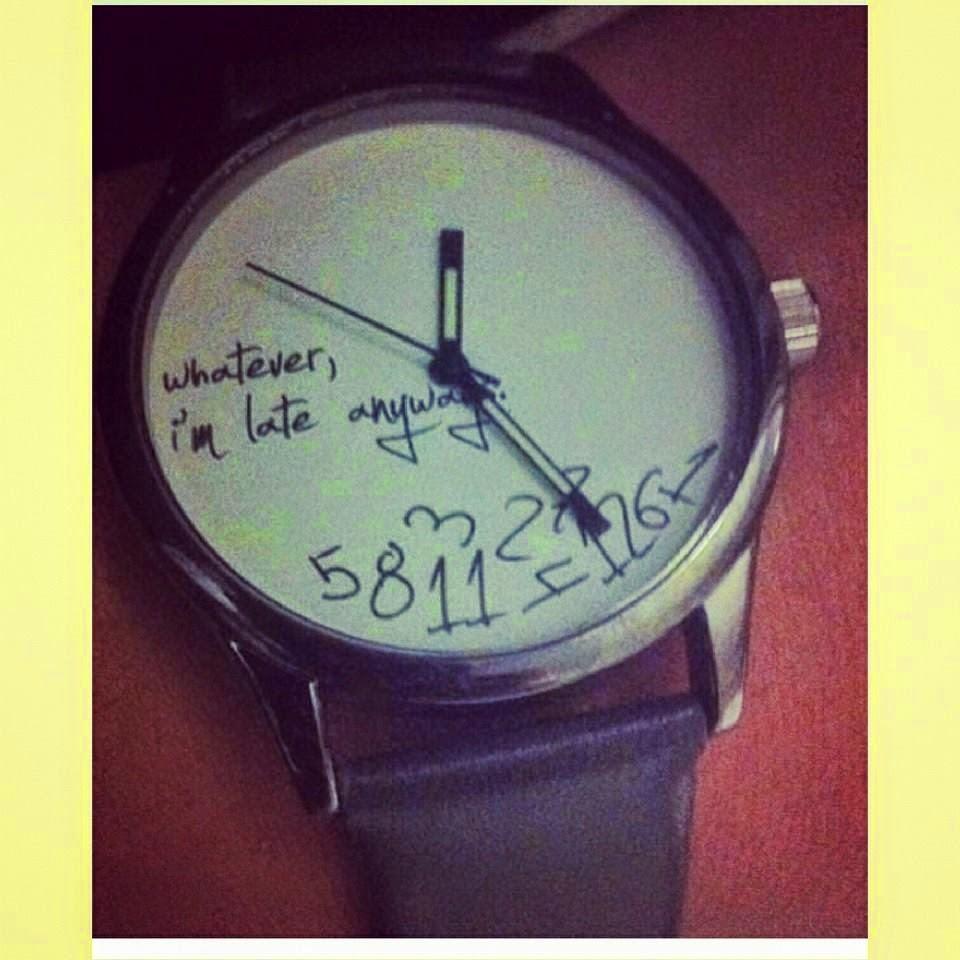 Hasta un reloj parado lleva razón dos veces al día.