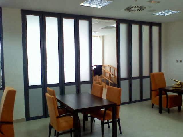 Mamparas de oficina dise o fabricaci n y montaje las for Mamparas divisorias para oficinas