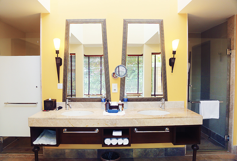 Radisson Blu Plaza Phuket hotel beautiful bathroom interior