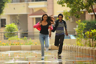 Entha-Andanga-Unnave-Movie-Stills