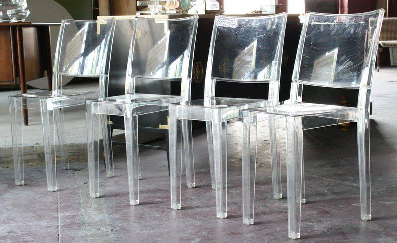 Mid2mod in the warehouse lots of lucite for Chaise la marie starck