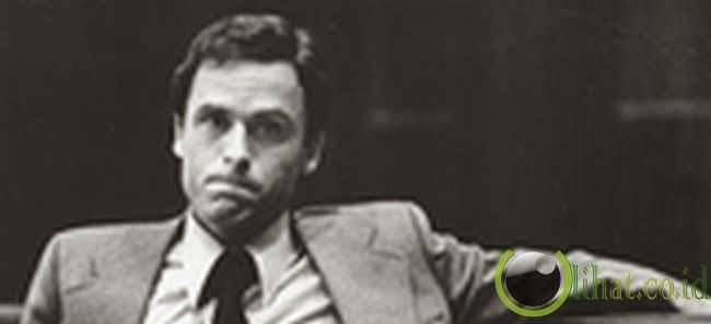 Ted Bundy (Pengoleksi 'Souvenir')