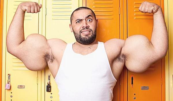 Los biceps mas grandes del mundo