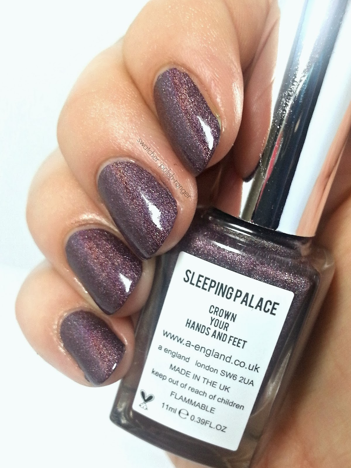 a-england Sleeping Palace swatch