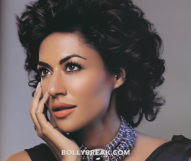 Chitrangada Singh HD Scans - Face Closeup Verve Magazine (July 2011)
