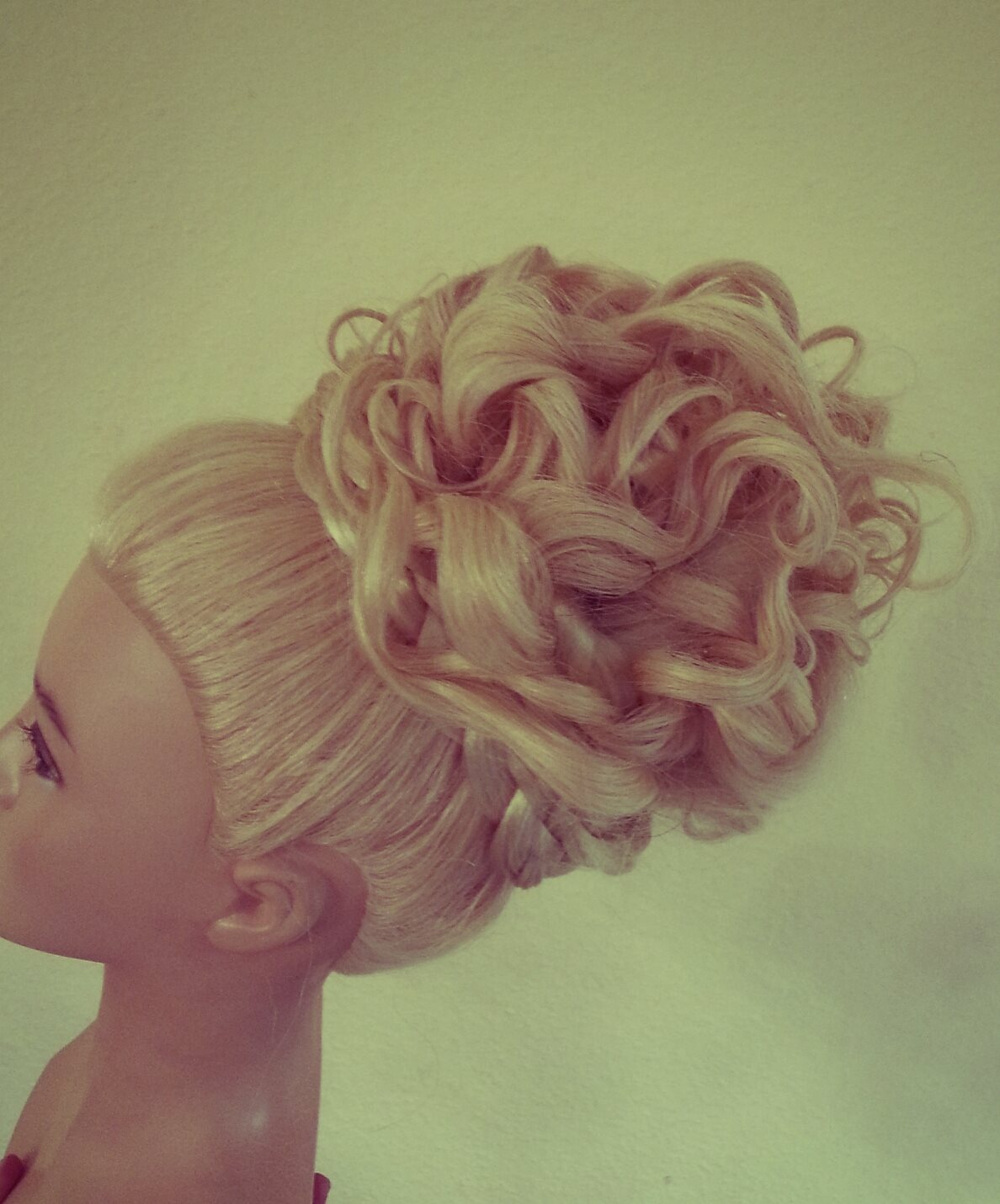 ig bridal prom homecoming bun, updo with curls