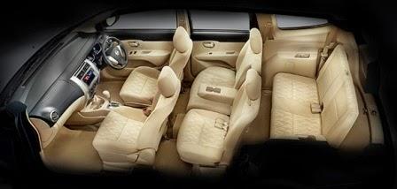 Ruangan dalam Mobil Nissan Livina