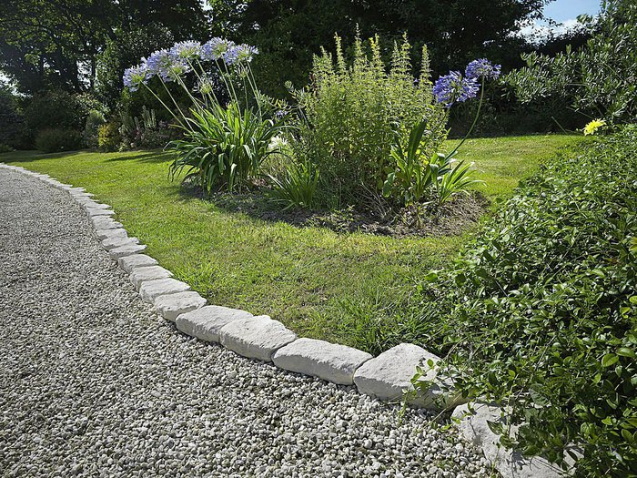 Edge Garden Landscape Rocks : William inexpensive ideas for landscape edging