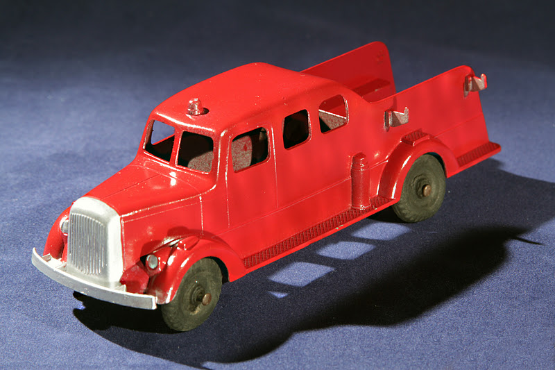 Old Antique Toys: The Larger Tootsietoy Cars And Trucks