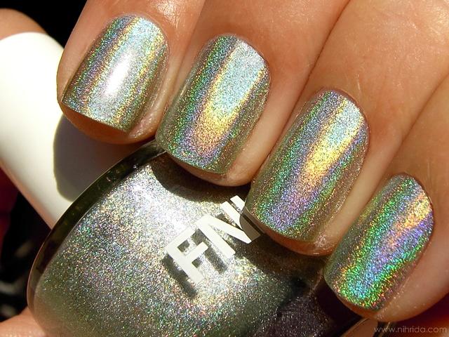 FNUG Holographic Nail Polish in Fantastica