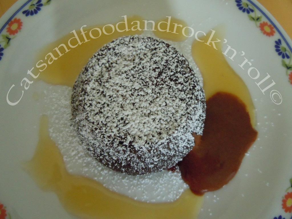 tortine fondenti al cacao, profumate all'arancia