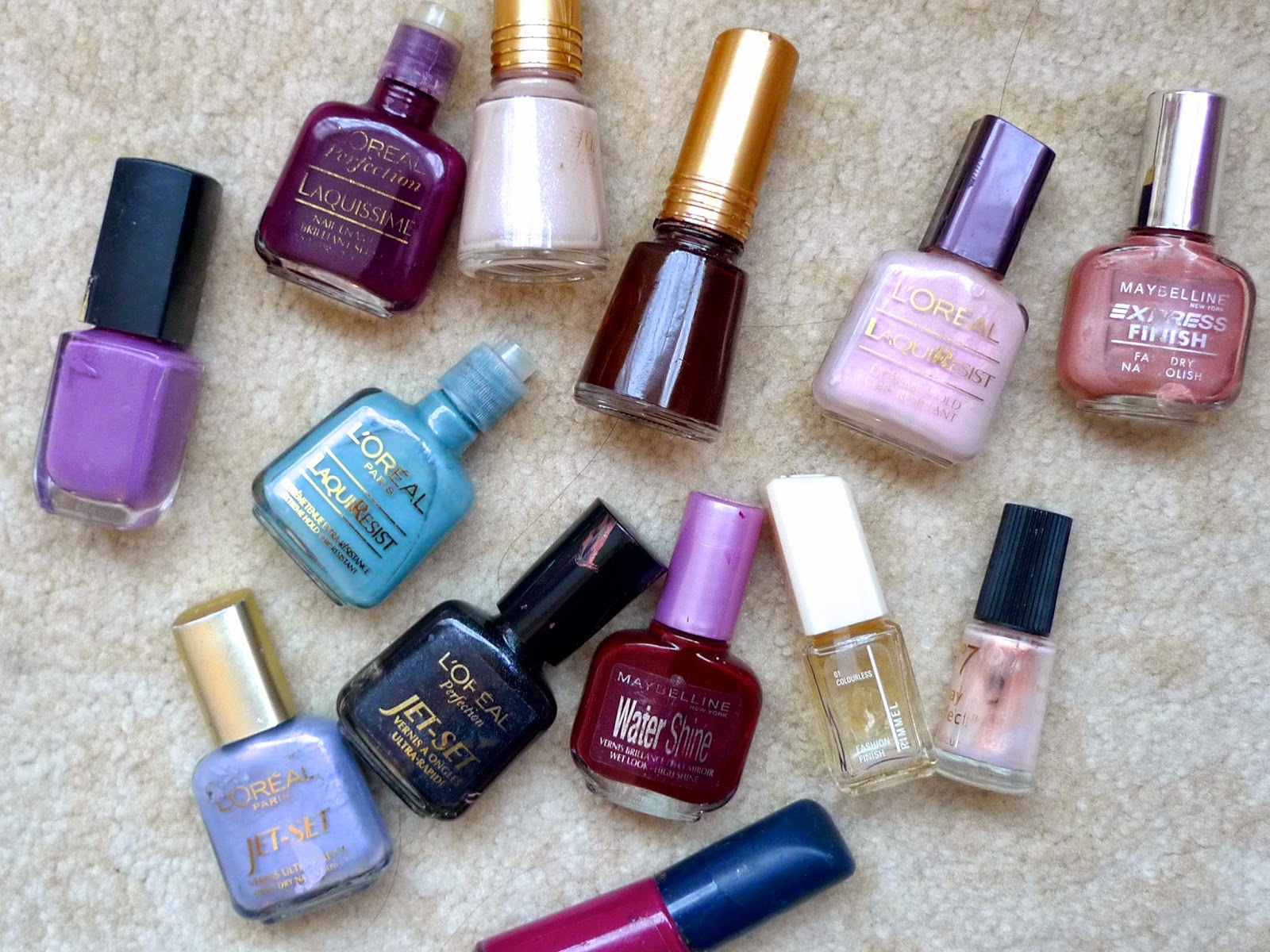 Aliya Sabrina Vintage Colours | Raiding My Mums Nail Polish Collection