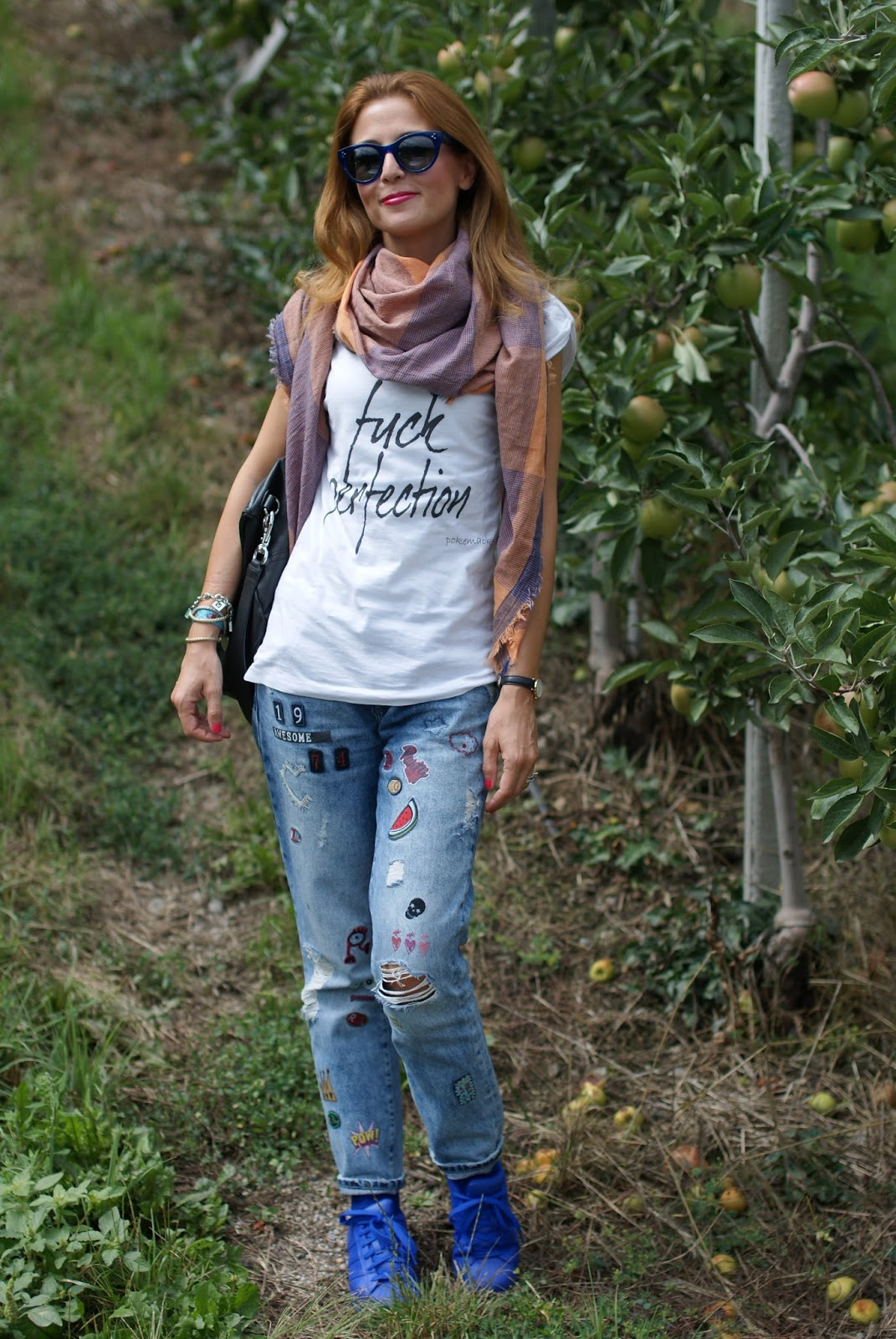 Fuck perfection, a rebel fashion outfit with my Pokemaoke t-shirt, Givenchy Pandora bag and patchy jeans on Fashion and Cookies fashion blog, fashion blogger style