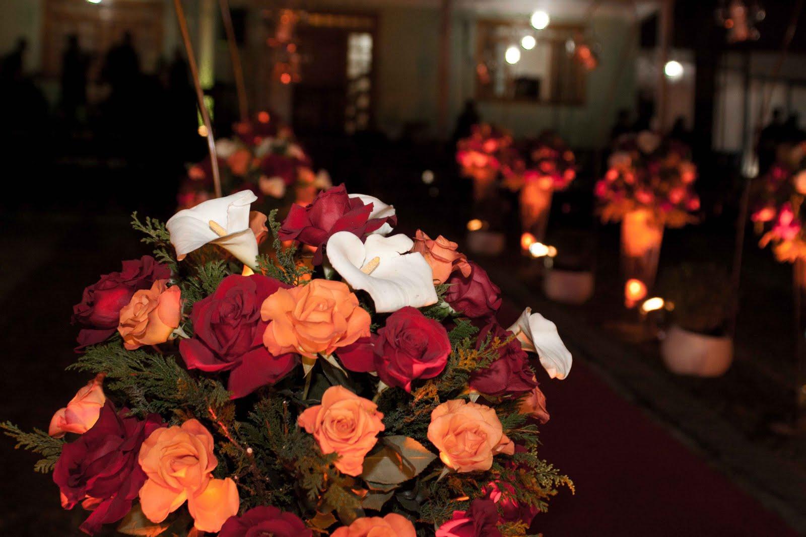 jardim rosas vermelhas:Adorna Flores
