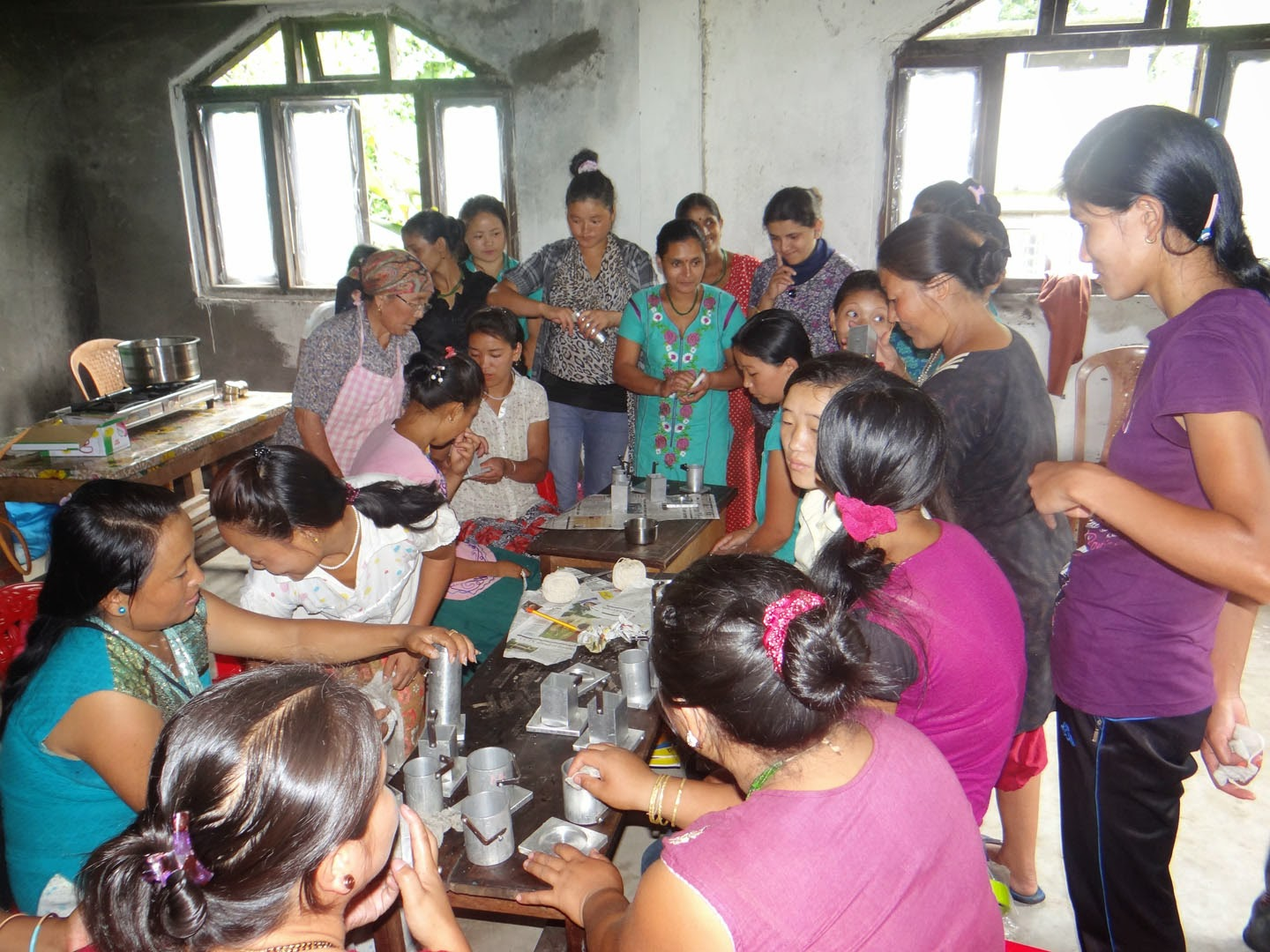 Sikkim NOW!: Candle making training held at Thingling