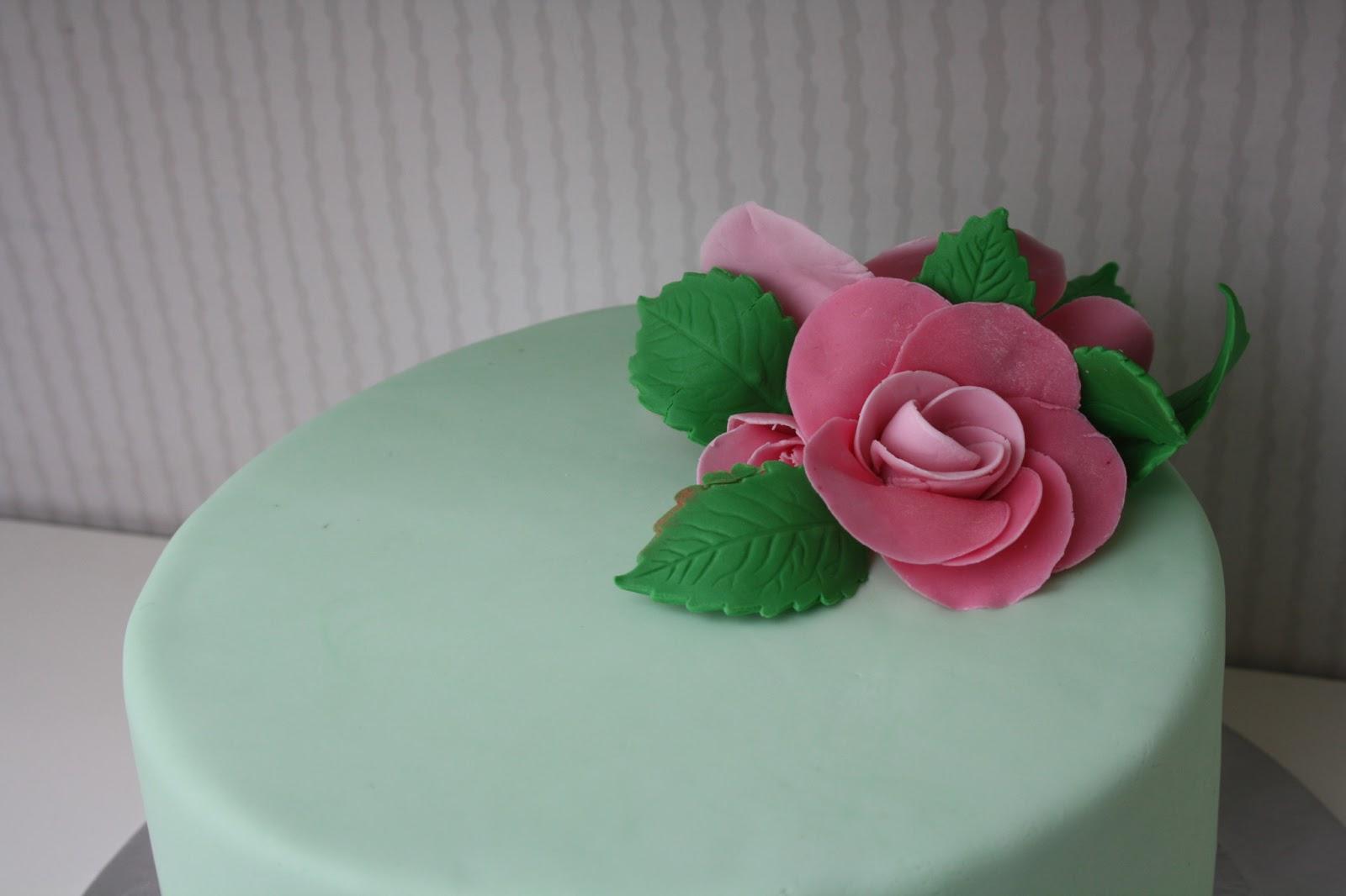 Belen cakes and cookies: Tarta fondant con rosas