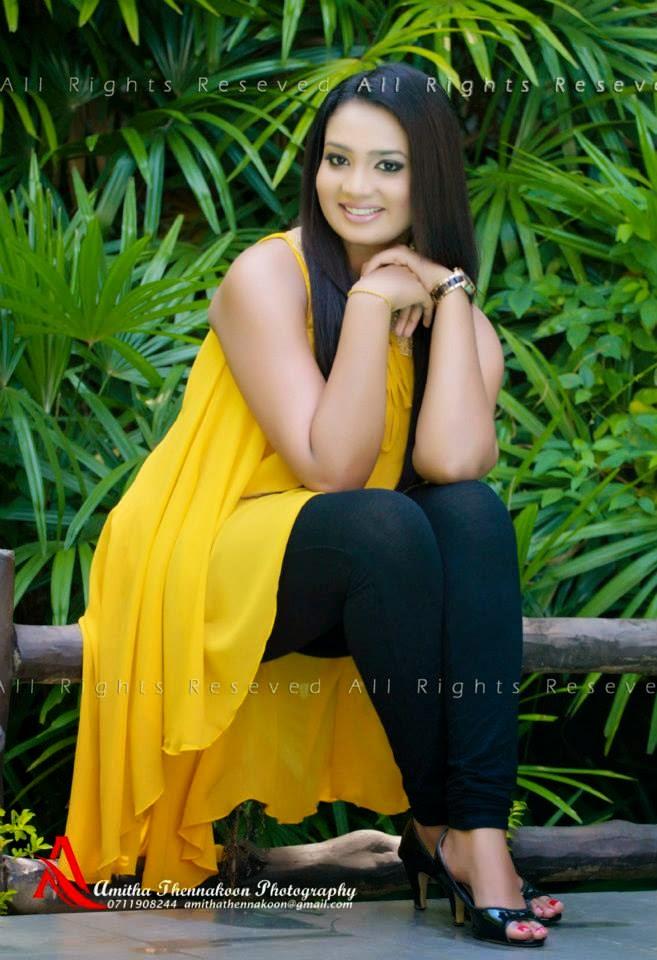Nadini Premadasa thighs