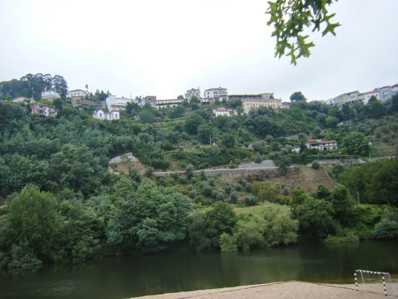 Vista de Penacova desde a praia fluvial