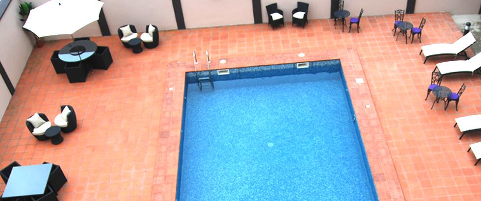 Pearl Court Swimming Pool