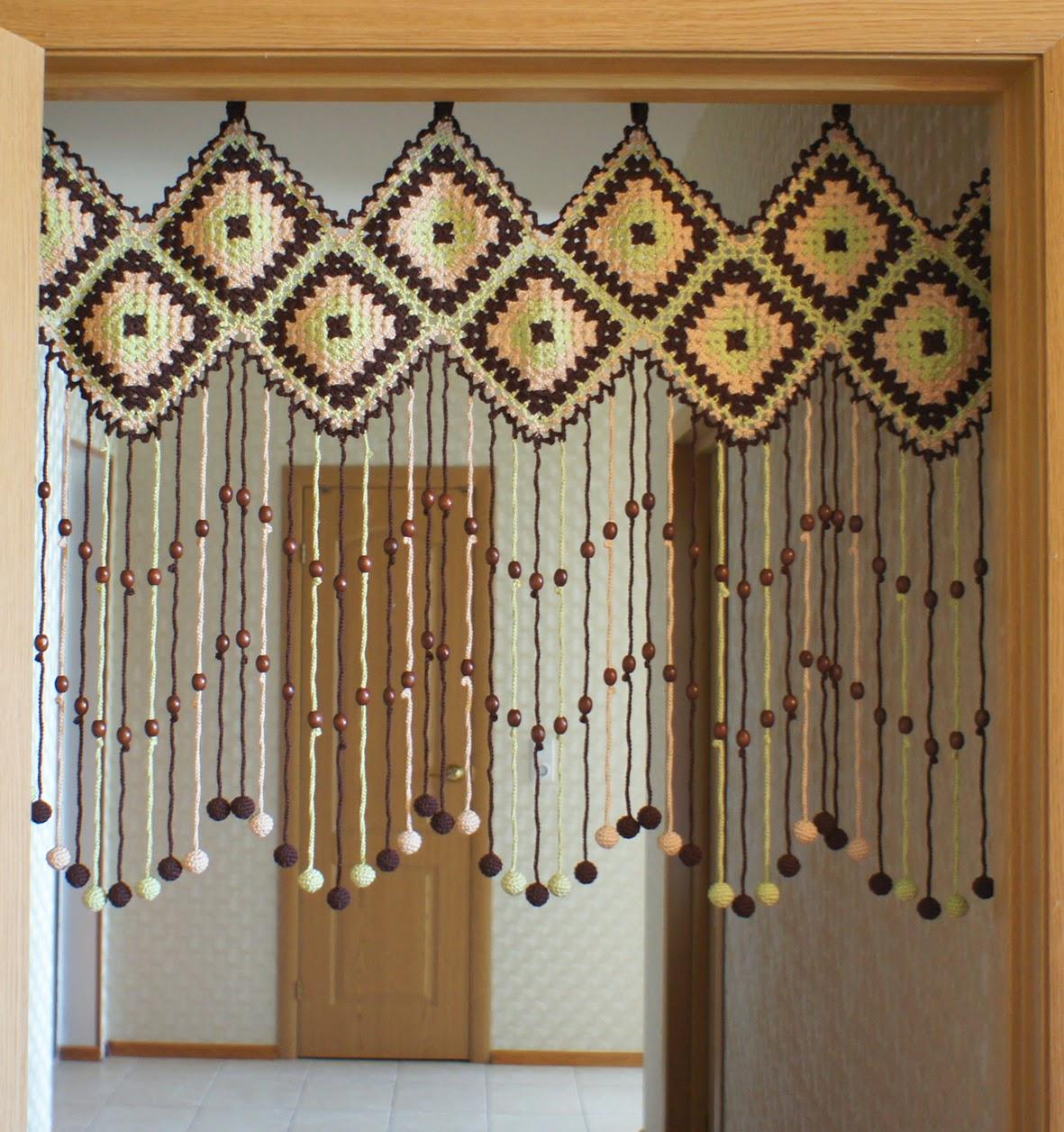 Как сделать шторы на двери своими руками